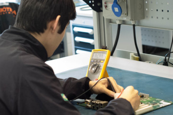 Análises de placas de circuitos impressos